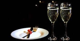 Día del `s de la tarjeta del día de San Valentín Concepto romántico de la cena foto de archivo