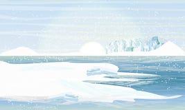 Día en el ártico o antártico Orilla en las montañas y las nieves acumulada por la ventisca nevosas