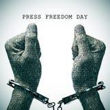 Día esposado de la libertad de prensa del hombre y del texto imagen de archivo libre de regalías