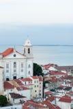 Día famoso del lugar Europa del paisaje urbano urbano del horizonte de Lisboa Portugal Fotografía de archivo