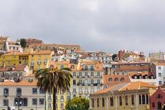 Día famoso del lugar Europa del paisaje urbano urbano del horizonte de Lisboa Portugal Foto de archivo