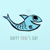 Día feliz de papel de los tontos de los pescados y del texto Fotos de archivo libres de regalías
