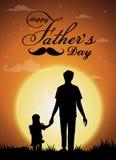 Día feliz del ` s del padre, silueta de un padre que detiene a la hija Fondo de la Luna Llena