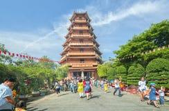 Día lunar del ` s del Año Nuevo de la pagoda de los peregrinos Imagen de archivo libre de regalías