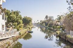 Día nebuloso en el distrito histórico del canal de Venecia imagen de archivo