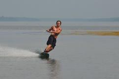 Día perfecto Wakeboarding en el océano en Maine Fotografía de archivo libre de regalías