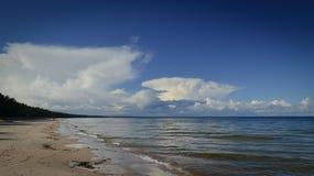 Día soleado del scape del mar Báltico Imagen de archivo libre de regalías