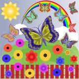Día soleado del verano con un arco iris multicolor brillante, nubes blancas fáciles, flores hermosas y mariposas que revolotean d ilustración del vector