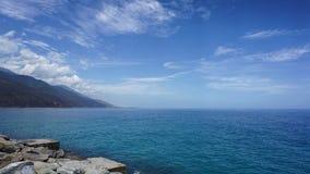Día soleado en las costas del Caribe foto de archivo libre de regalías