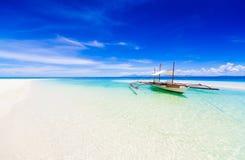 ¡Día tropical del barco de Filipinas, mar! Fotografía de archivo