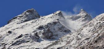 Día ventoso en el valle de Langtang, Nepal Foto de archivo libre de regalías