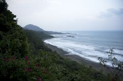 Día ventoso Taiwán del parque de la costa de Taitung foto de archivo libre de regalías