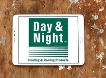 Día y logotipo de la compañía de los sistemas de la calefacción y de enfriamiento de la noche Fotos de archivo libres de regalías
