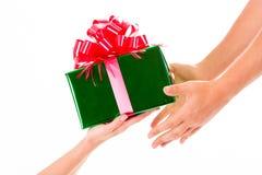 Días de fiesta, celebraciones, presente, la Navidad, concepto del Año Nuevo Cl Foto de archivo libre de regalías