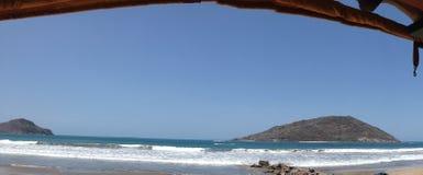 Días de fiesta en la playa foto de archivo
