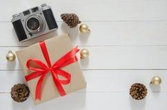 Días de fiesta de la Navidad y fondo de la Feliz Año Nuevo Ingenio de las cajas de regalo Fotos de archivo