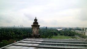 Días lluviosos del parlamento del edificio del tejado del paisaje alemán del top fotografía de archivo libre de regalías