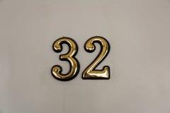 Dígitos amarelos na porta fotos de stock
