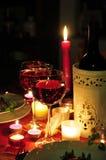 Dîner de lueur de chandelle de vin rouge Image libre de droits