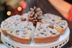 Dîner de Noël et manger de la nourriture délicieuse de vegan Image libre de droits