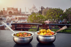 Dîner indien près de Taj Mahal image stock