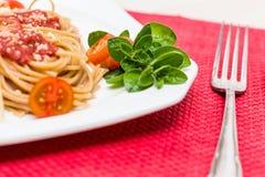 Dîner naturel de spaghetti Photographie stock libre de droits