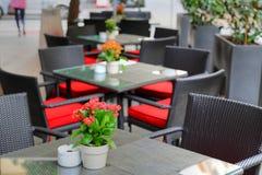Dîner romantique de Séville à un restaurant de rue photos stock