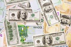 Dólar e euro- notas de banco, fundo abstrato foto de stock