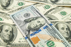 Dólares americanos como o fundo Fotos de Stock