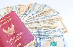 Dólares americanos de dinero del efectivo Fotos de archivo