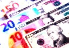 Dólares americanos do fundo do dinheiro e denominações diferentes do euro Fotos de Stock Royalty Free