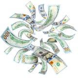 Dólares americanos que vuelan Imagenes de archivo