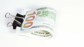 Dólares da pilha com grampo video estoque