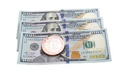 100 dólares de bitcoin de la moneda fotografía de archivo libre de regalías