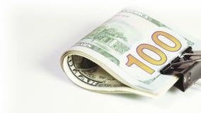 Dólares de la pila con el clip almacen de metraje de vídeo