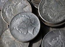 Dólares de plata fotografía de archivo