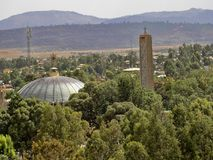 Dôme et Belltower de l'église de notre Madame Mary de Zion image libre de droits