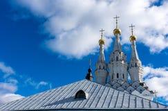 Dômes d'or de St John le monastère de baptiste images libres de droits