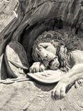 Dö lejonmonumentet i Lucerne Royaltyfria Foton
