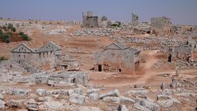 Död stad av Serjilla. Syrien royaltyfri fotografi