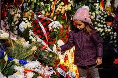 Dödcomemoration av konungen Mihai av Rumänien arkivfoton