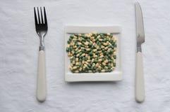Dödlig coctail av preventivpillerar Royaltyfria Bilder