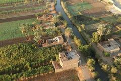 Dörfer nahe Assuan in Ägypten stockfotografie