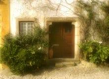 dörröppning portugal Arkivbild