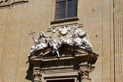 Dörröppningsskulptur arkivbilder
