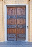 Dörr av domkyrkan av St Stanislaus Kostka (1912) i Lodz, Polen Royaltyfria Bilder