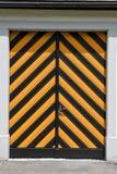 Dörr av kloster på Engelberg Royaltyfri Foto