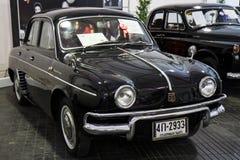 Dörr för BANGKOK - JUNI 22 Sedan 4, Renault Dauphine 1960, 845 CC, Arkivbilder