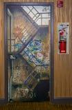 Dörr för brandflykt Arkivbild