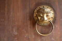 Dörr för traditionell kines royaltyfri foto